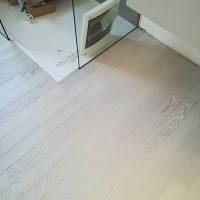 Bagno-in-Parquet-Bianco-rovere-trattato-con-finitura-olio-parquet-adatto-in-ambienti-umidi